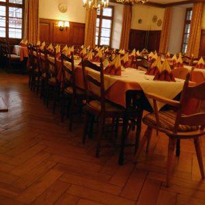 Zum Ochsen Restaurant Saal eingedeckt